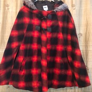 Old Navy Plaid Hooded Cape, Jrs XXL/Adult Small